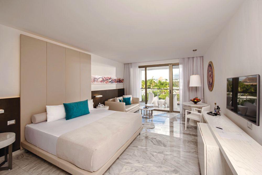 Platinum Yucatan Princess All Suites Amp Spa Resort In